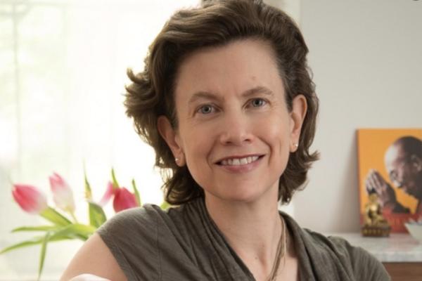 Dr. Pilar Jennings
